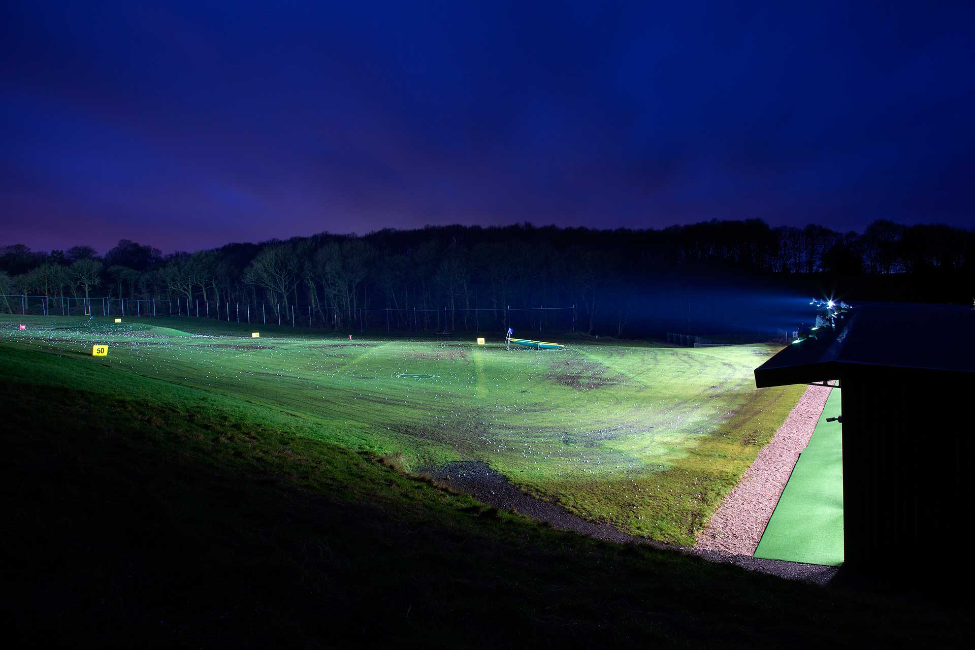 Floodlit driving range
